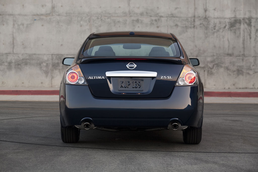 2010 Nissan Altima Photo 15 6822