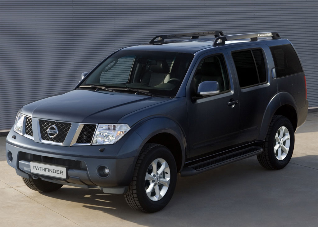 2011 Nissan Navara Pathfinder Facelift Photo 1 7595