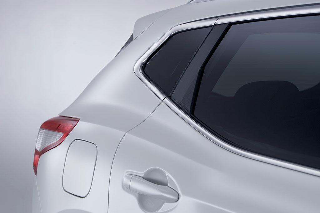 2014 Nissan Qashqai Photos - Image 26