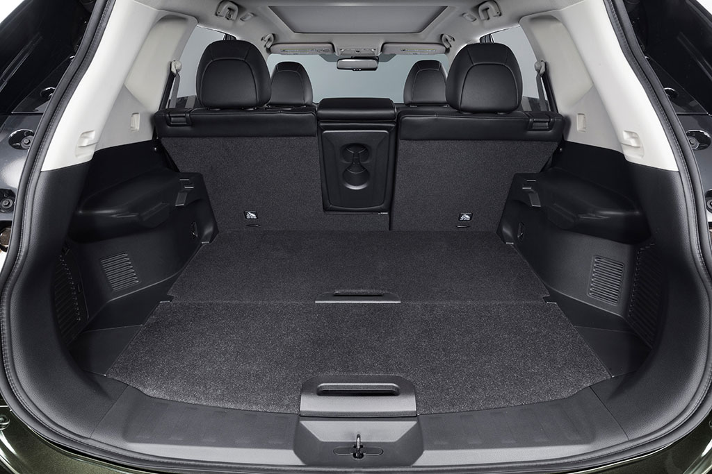 2014 nissan rogue x trail photo 47 13300. Black Bedroom Furniture Sets. Home Design Ideas