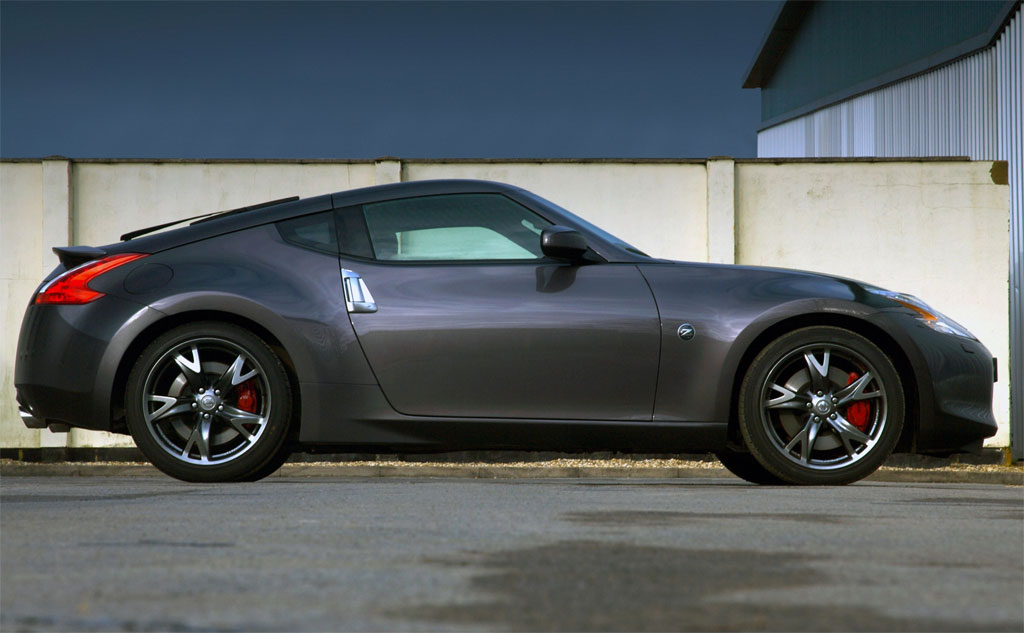 Nissan 370z Black Photo 1 7449