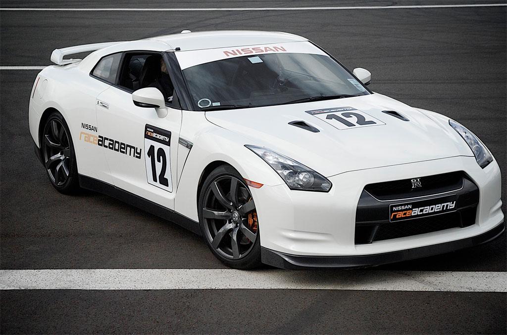 Nissan Race Academy Photo 1 6768