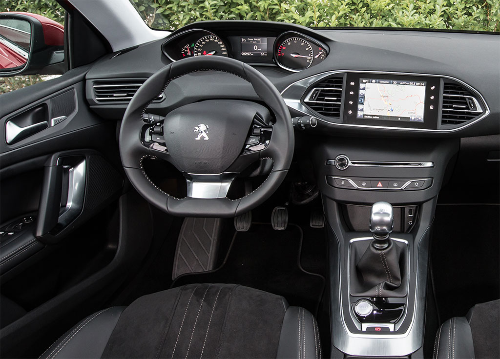 2014 Peugeot 308 UK Price Photo 3 13388