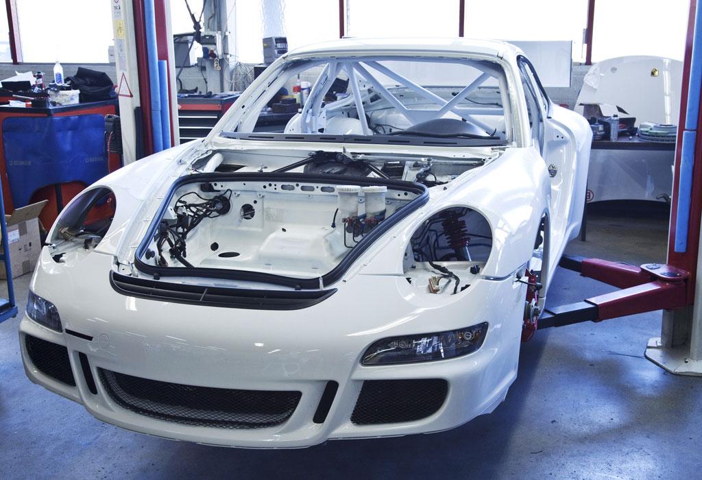 Porsche 911 Gt3 Cup Rally Car Photo 3 10360