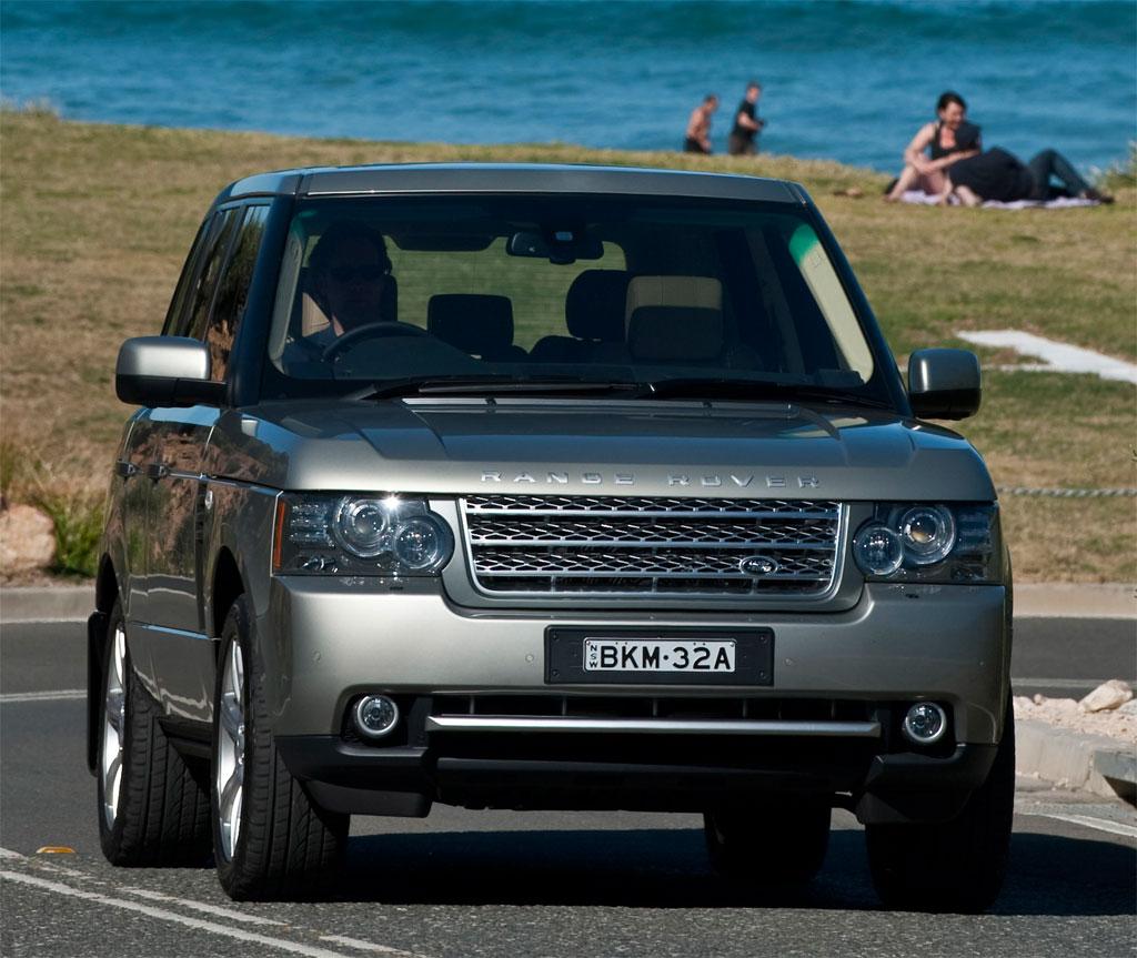 Land Rover 2010 Price: 2010 Range Rover Vogue Photo 10 6573