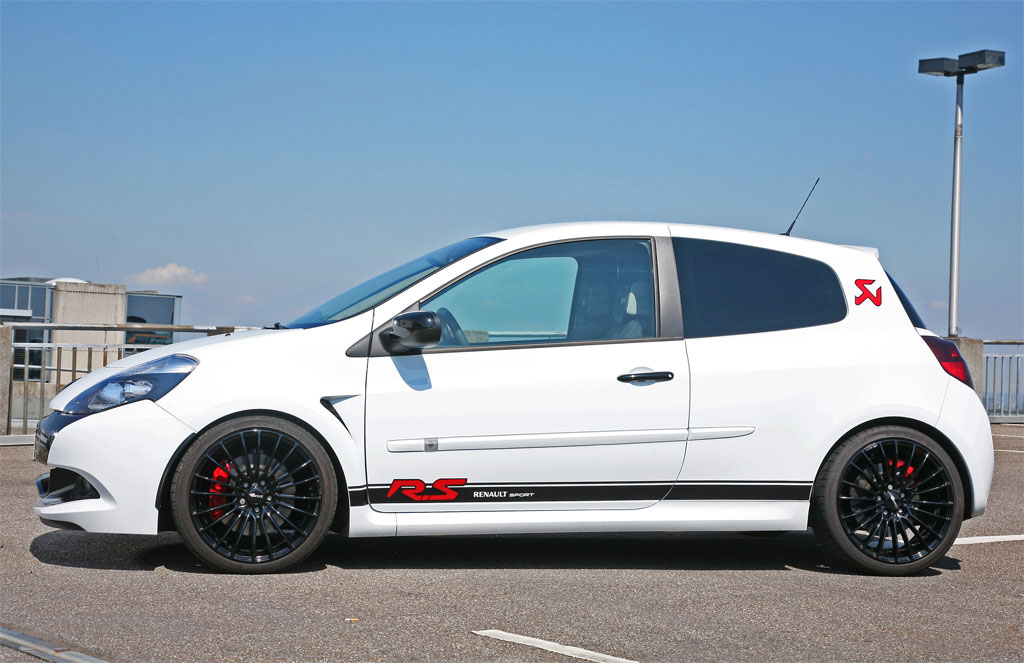 http://www.zercustoms.com/news/images/Renault/MR-Car-Design-Renault-Clio-RS-3.jpg