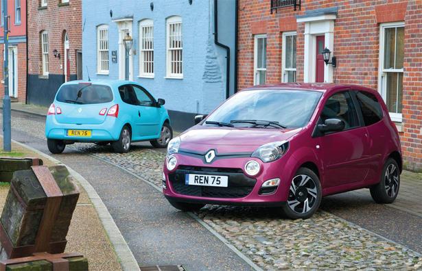 http://www.zercustoms.com/news/images/Renault/th1/2012-Renault-Twingo-UK-3.jpg