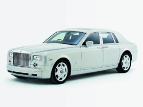 Rolls-Royce Phantom $320,000