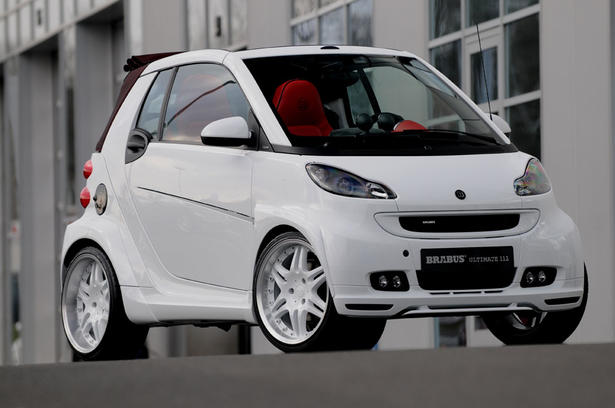 Brabus Ultimate 112 Smart In Red And White