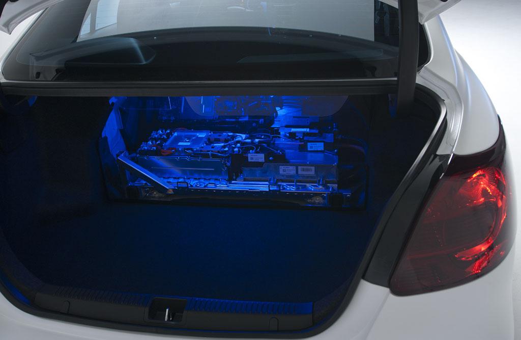 Suzuki Kizashi Ecocharge Photo 11 10953