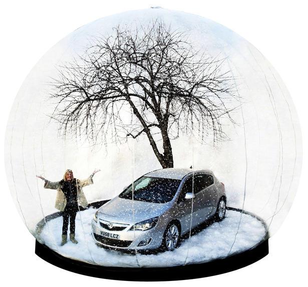 Vauxhall Astra Snow Globe
