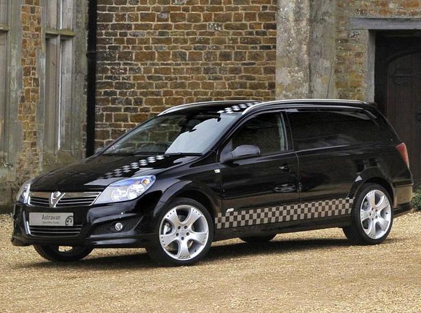 Vauxhall Vivaro Astravan And Corsavan Black Edition