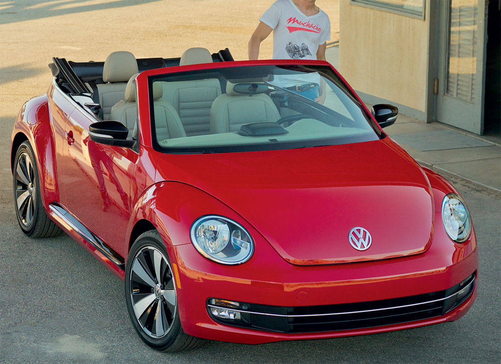 2013 volkswagen beetle convertible photo 5 12577. Black Bedroom Furniture Sets. Home Design Ideas