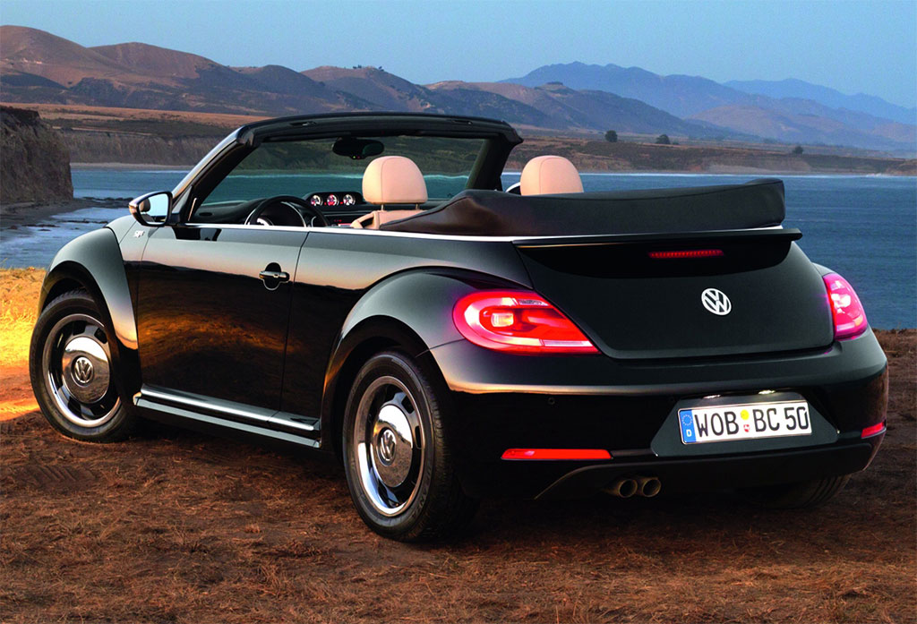 2013 volkswagen beetle convertible uk photo 3 12766. Black Bedroom Furniture Sets. Home Design Ideas