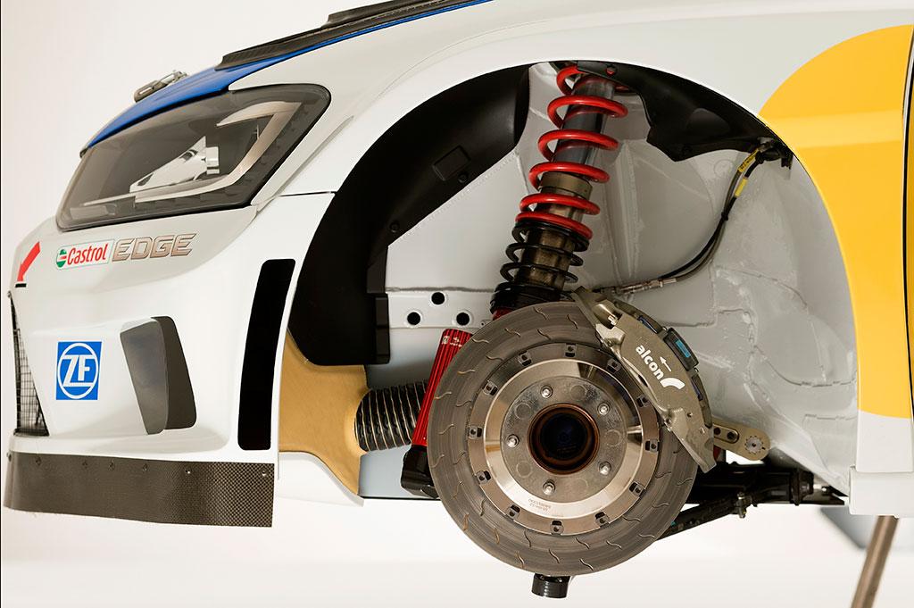 2013-Volkswagen-Polo-R-WRC-26.jpg