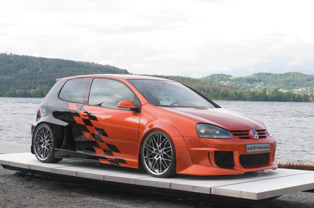 Volkswagen-Golf-GTI-Performance-1.jpg (1024×680)