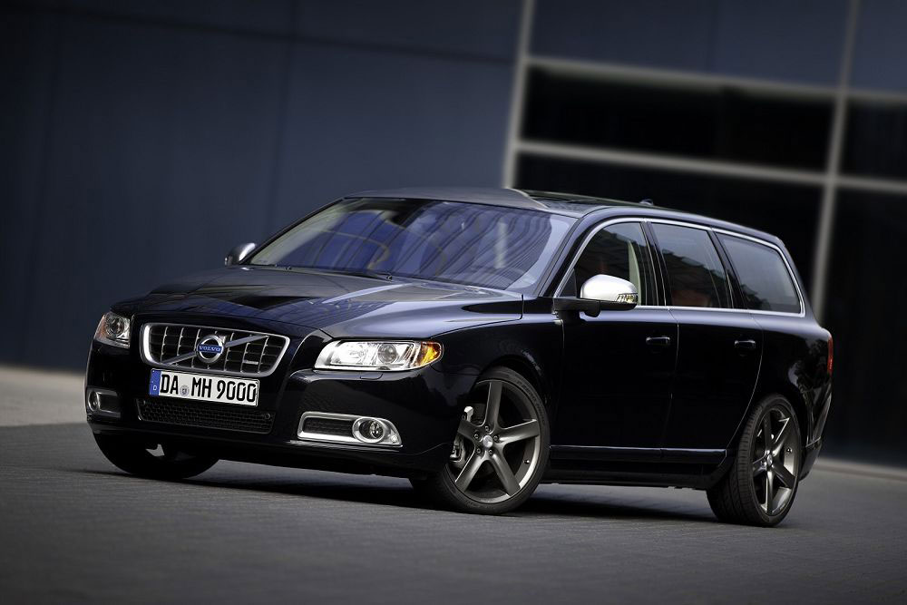 HEICO Volvo V70 T6 R Design Photos - Image 2