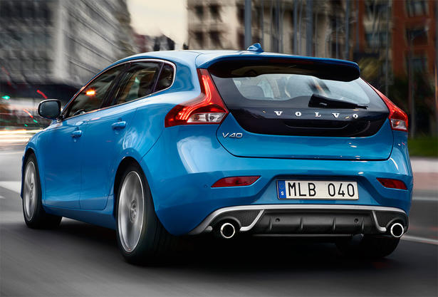 volvo v40 cross country r design uk price. Black Bedroom Furniture Sets. Home Design Ideas