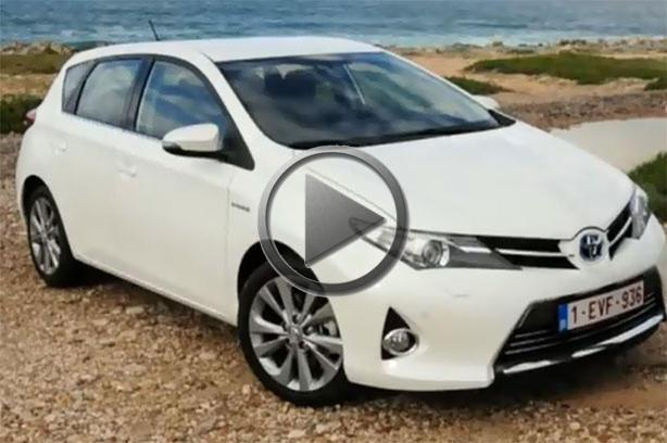 2013 toyota auris review. Black Bedroom Furniture Sets. Home Design Ideas