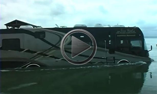 Amphibious RV Makes Your Yacht Look Obsolete