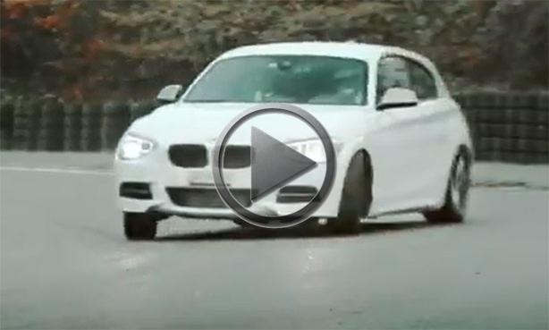 BMW M135i Sings For Christmas