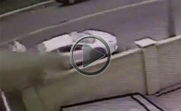 Lamborghini Aventador Crash Splits Half on White Land Rover