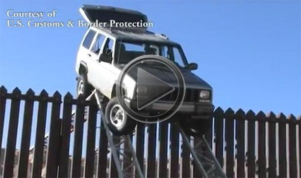 Smugglers Get Jeep Cherokee Stuck On Border Fence